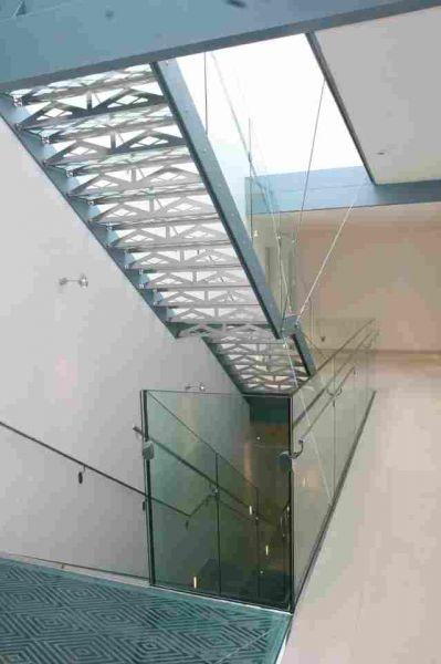 Hotel Sněžka - Mariánské Lázně - schodiště