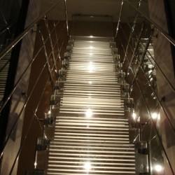 Skleněné schodiště v soukromém bytě